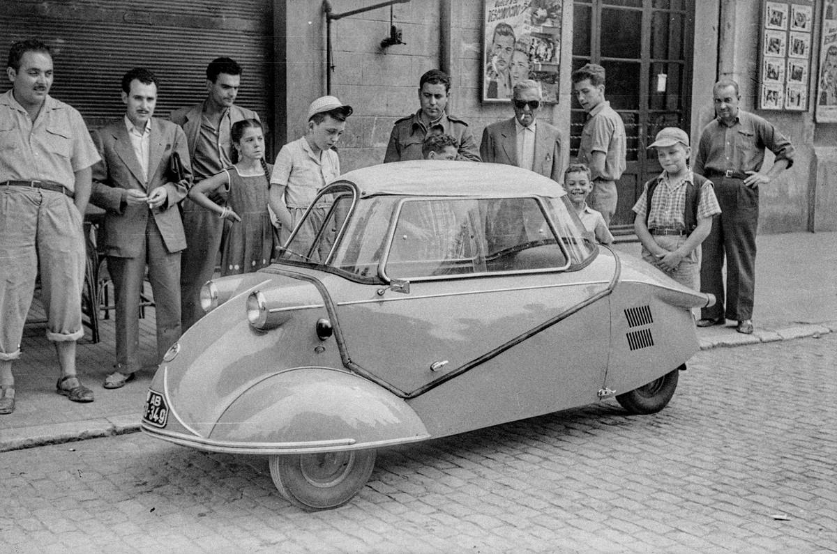 Triauto, Girona, Juli 1954, © Martí Massafont Costals / Ajuntament de Girona / CRDI / CC BY-NC-ND